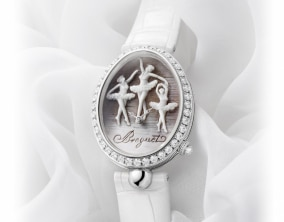 An Exquisite Ballet Dance Dresses the Dial of a New Reine de Naples Model