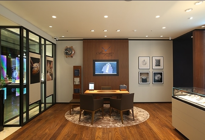 New Image for the Breguet Boutique of Hyundai Main in Korea